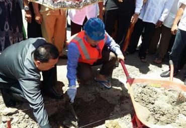 Prioritaskan Warga, Walikota Letakkan Batu Pertama Penataan…