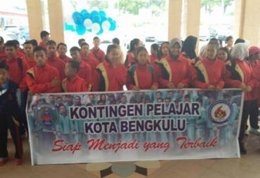 Walikota Lepas 172 Atlet Pelajar