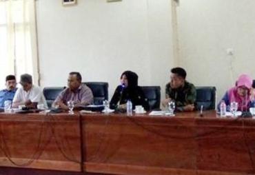 Hearing DPRD Kota dan Organda Bahas Izin Operasi Angkutan…