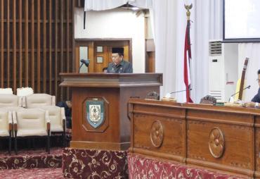 Tanggapan Gubernur atas Raperda Perlindungan Anak dan…