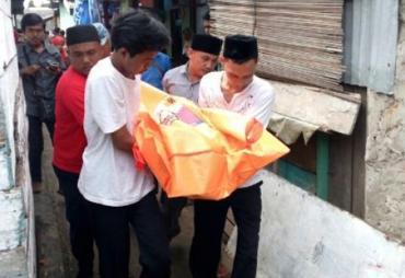 Gantung Diri, Buruh Bangunan Ditemukan Tewas di Kamar Mandi