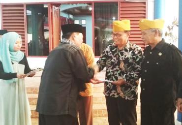 Pj Walikota Bengkulu Berikan Santunan Kepada veteran Dan…