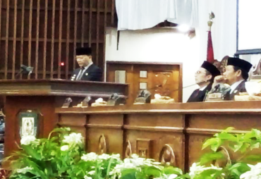 Rapat Paripurna DPRD Provinsi Agenda Penyerahan LHP BPK RI…
