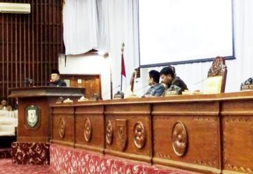 Paripurna Jawaban Plt Gubernur Atas Pandangan Umum Fraksi-…