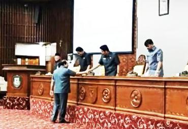 8 Fraksi DPRD Provinsi Bengkulu Setujui Rancangan APBD-P…