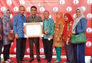 Kota Bengkulu Raih Penghargaan Kota Peduli HAM 2018