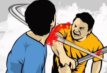 Hotman Dibacok Gara-gara Tak Berikan Rokok