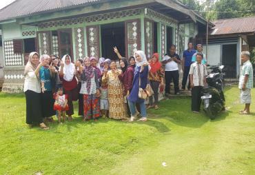 Silaturahmi, Restuty Aprillia Didukung Penuh Warga Kerkap