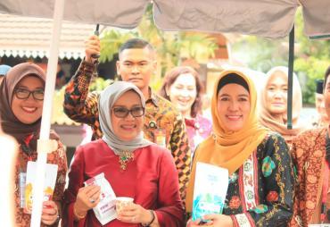 Kreatifitas Dekranasda Provinsi Bengkulu Dipuji Mufidah…