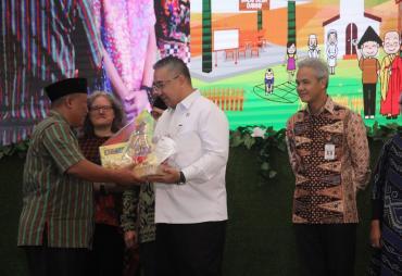 Mendes PDTT Apresiasi Gerakan Desa Damai Oleh Wahid…