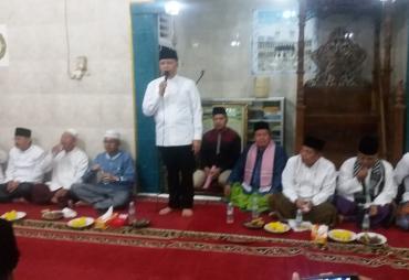 Safari Ramadhan,  Gubernur Bengkulu Berikan Bantuan…