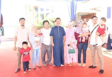 Pererat Silaturahmi, Bupati Ferry Ramli Gelar Open House…