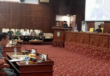 Gubernur Sampaikan Nota Pertanggungjawaban APBD 2018