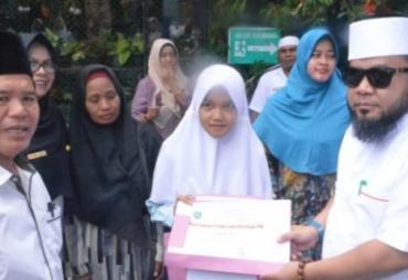Raih Nilai Tertinggi UN Se-Provinsi Bengkulu,Walikota Helmi…