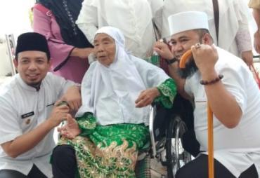 Walikota Bengkulu Lepas JCH dengan Do'a