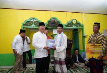Gubernur Apresiasi Semangat Warga Memakmurkan Masjid