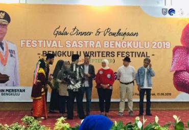 Tak Libatkan Sastrawan Lokal, Festival Sastra Bengkulu…