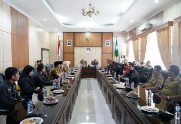 Pemprov Bengkulu Serahkan Hibah ke KPU, Bawaslu dan Lanal…