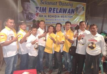 Tim Relawan Resmi Dikukuhkan, Siap Hantar Rohidin Dua…