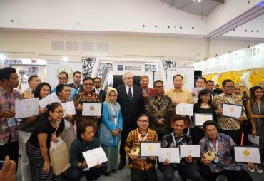 Raih 3 Kategori Award, Gubernur Bengkulu Sukses Branding…