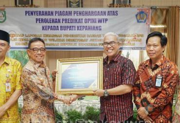Raih Predikat WTP,Pemkab Kepahiang Terima Penghargaan CST…