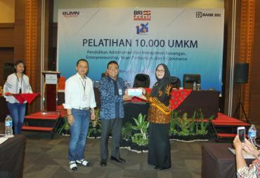 CSR BRI Peduli, 100 UMKM di Bengkulu Dapatkan Program…