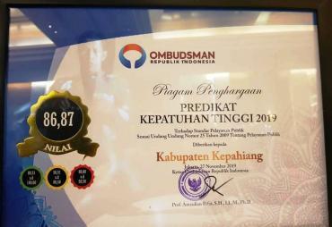 Ombudsman RI Beri Penghargaan Kepatuhan Tinggi Pemkab…
