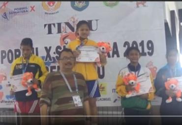 Cabor Tinju Putri Bengkulu Raih 3 Emas Porwil Sumatera X