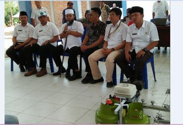 DKP Kota Bengkulu Bagikan 145 Mesin BBG Pada Nelayan Sasaran