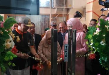 Gubernur Rohidin Resmikan Ruang Rawat Inap di HUT RS…