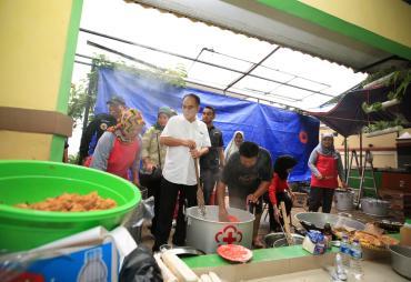 Wamendes : Hentikan Politisasi Banjir, Waktunya Gotong…
