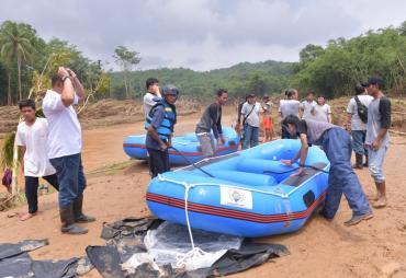 Berikan Perahu Karet, Kemendes PDTT Latih Swift Water…