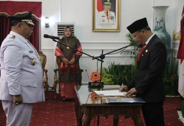 Lantik Wabup Bengkulu Selatan, ini Pesan Gubernur Rohidin
