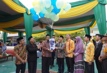 Gubernur Rohidin Apresiasi Prestasi SMA IT Iqra Bengkulu