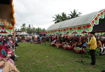 Masyarakat Selagan Raya Dukung Gubernur Rohidin Buka Jalan…
