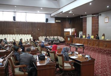 DPRD Provinsi Bengkulu Sahkan Tiga Revisi Raperda