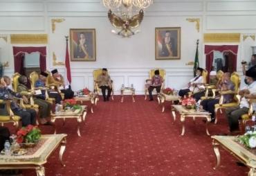 Bersama Tokoh Adat dan Agama, Gubernur Rohidin Satukan…