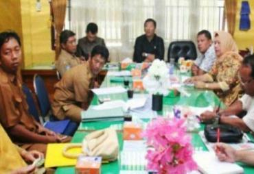 Dewan Komisi III DPRD BU Hearing Bersama DPUPR Bahas Hasil…