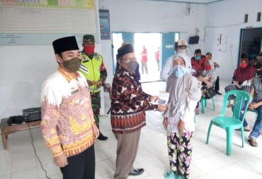 202 Warga Desa Banjarsuri Terima BLT Dari Dana Desa.