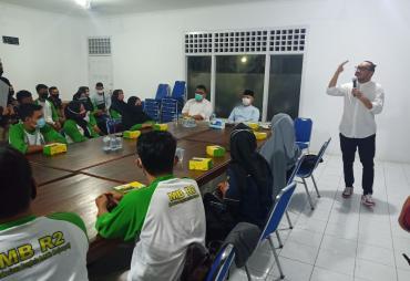 Giring Ajak Mahasiswa Bengkulu Viralkan Pasangan Rohidin-…