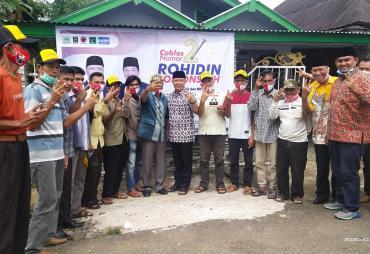 Masyarakat Kecamatan Kota Padang Siap Menangkan Rohidin-…