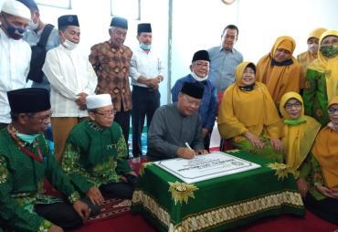 Rohidin Resmikan Masjid Milik Aisyiyah Pertama di Indonesia