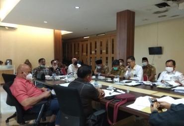 Pansus DPRD Provinsi Bengkulu Bahas Terima Berkas Perubahan…