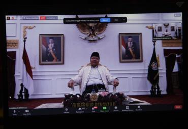 Gubernur Rohidin: Siapa yang Bisa Membranding Dirinya,…