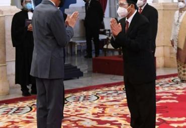 Presiden Jokowi Lantik Siruaya Utamawan Ketua Harian MOI,…