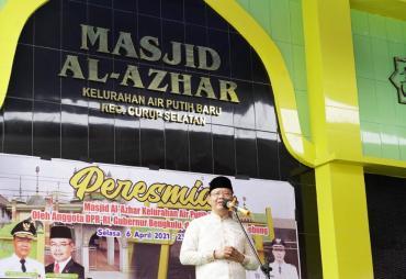 Resmikan Masjid,  Rohidin Sebut Ramadhan Tahun ini Makin…