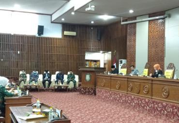 Paripurna Penyampaian Nota Penjelasan Gubernur Bengkulu…