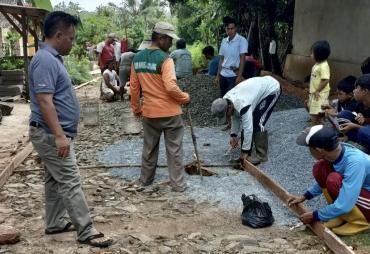 Desa Rantau Minyak Realisasikan Dana Desa Tahap 1 di Jalan…